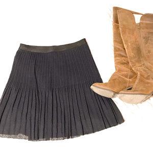 FOSSIL Elastic-Waisted Navy & Black Crepe Skirt